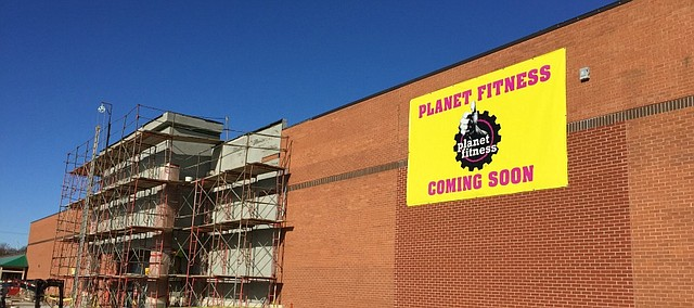 Planet Fitness: Too Much Debt